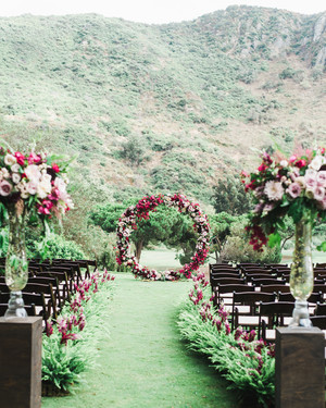 35 Altar and Aisle Decorations We Love