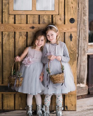 22 Pale Purple Flower Girl Dresses for Any Season
