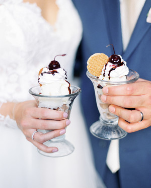 Mouthwatering Ways to Serve Ice Cream at Your Wedding
