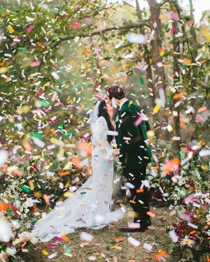 32 Utterly Romantic Wedding-Day Kisses