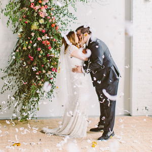 sara ryan wedding philadelphia confetti kiss