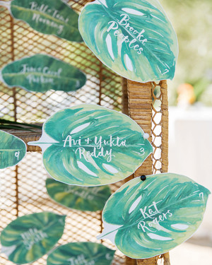 DIY Wedding Seating Cards and Displays