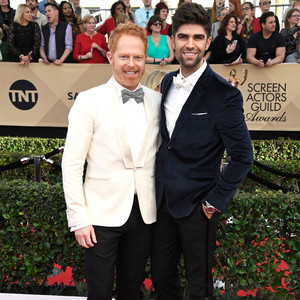 Jesse Tyler Ferguson and Justin Mikita Sag Awards 2017