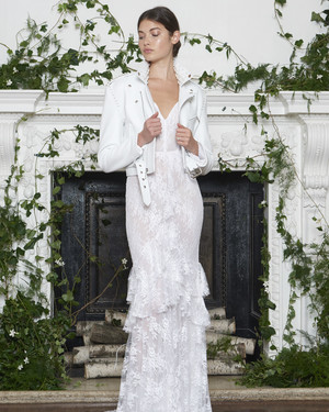 Monique Lhuillier Fall 2018 Wedding Dress Collection