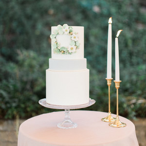 sugar flower wedding cakes jenna joseph photography