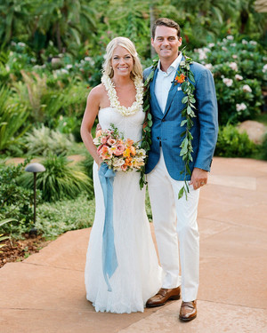 One Couple's Tropical Destination Wedding in Hawaii