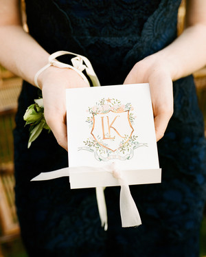 24 Illustrated Crests and Monograms That Prettied Up Invitations