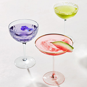 The Basics of Cocktail Glasses for Your Big Day and Beyond