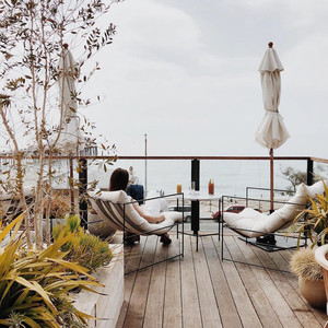 los angeles bachelorette party hotel the surfrider