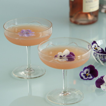 3 Rosé Signature Cocktail Ideas for Your Wedding