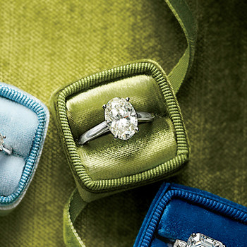 6 Ways to Figure Out What Ring She Wants Without Asking