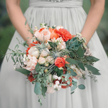 63 Top Floral Designers to Book for Your Wedding