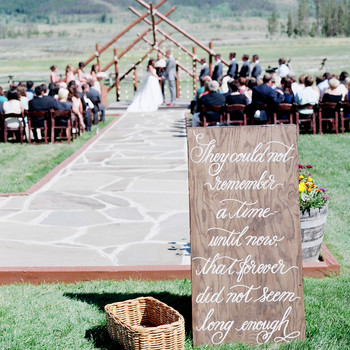 4 Weddings Ideas for Hopeless Romantics