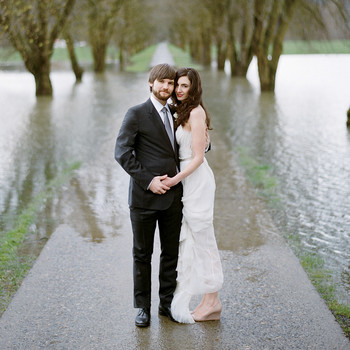 A Modern White Wedding at a Camp in Washington