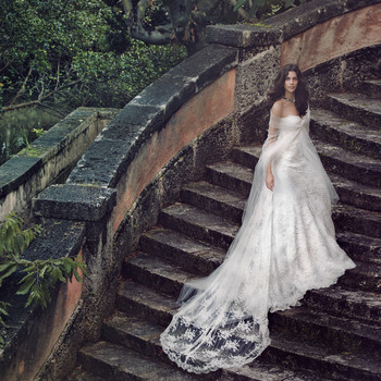 Showstopping Wedding Dresses