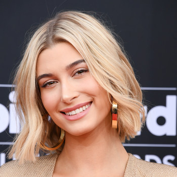 hailey baldwin smiling