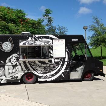burger-beer-food-truck-1115