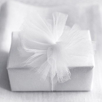 Your Guide to Moving Wedding Gifts