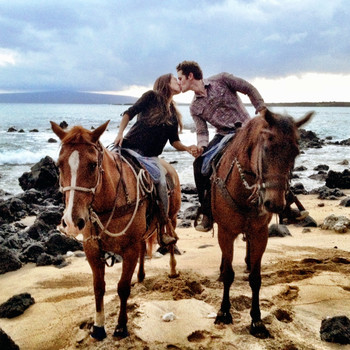 Matthew Morrison's Dreamy Hawaii Proposal to Renee Puente