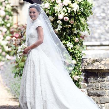 Pippa Middleton wedding dress by Giles Deacon