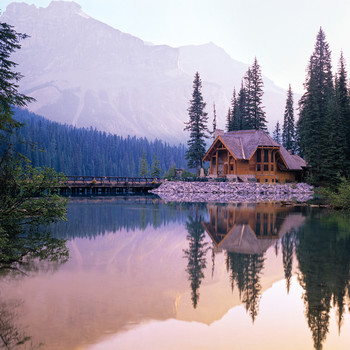Emerald Lake Lodge in British Columbia Is a Stunning Venue for Tying the Knot