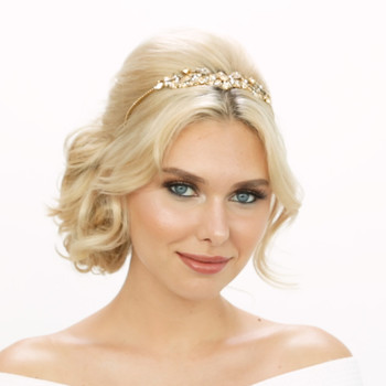 The Perfect Beauty Look for the Traditional Bride