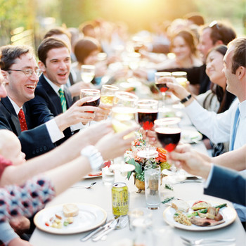 The Ultimate Guide to Giving a Wedding Toast