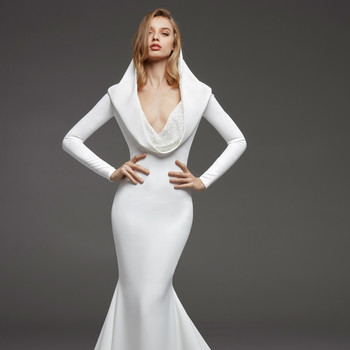 pronovias fall 2019 long sleeve trumpet wedding dress