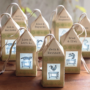 Our Favorite Personalized Touches of 2013 From Real Weddings