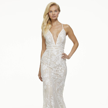mark zunino fall 2019 mermaid plunging v neck spaghetti strap floral overlay