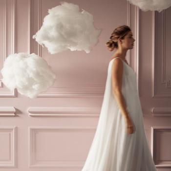 hybrid cloud reception decor