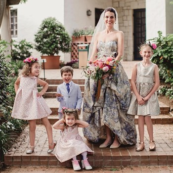 b1fd0b58683 4 Things to Keep in Mind When Choosing a Flower Girl s Outfit for a Fall  Wedding