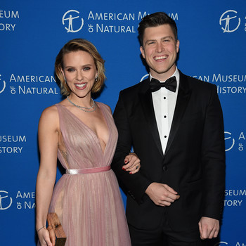 scarlett johansson colin jost red carpet