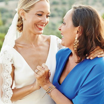 The Wedding Makeup Dos and Don'ts the Mothers of the Bride and Groom Need to Know