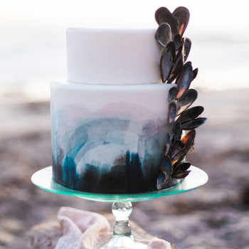 beach wedding cakes ashley depencier