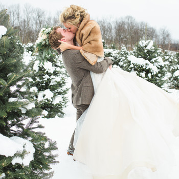 Planners Share Their Best Tips for Pulling Off an Understated Holiday Wedding