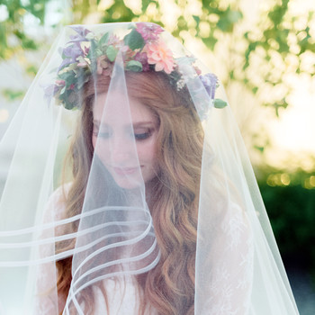 Looking for a Unique Wedding Scent? Learn How to Layer Fragrances