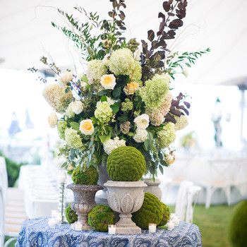 Green Wedding Centerpieces
