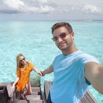 Tara Lipinski's honeymoon with Todd Kapostasy