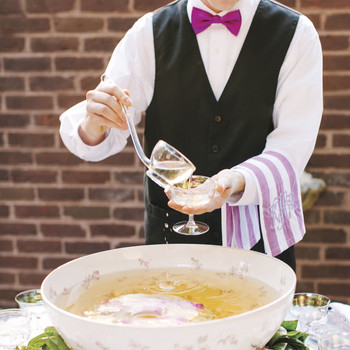 How Much Alcohol Should We Serve at the Wedding Reception?