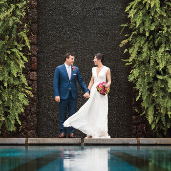 Liz and Michael's Laid-Back Destination Wedding in Hawaii