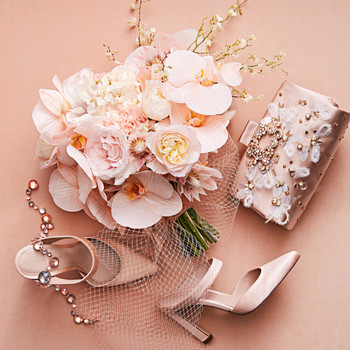 pink bouquet and accessories