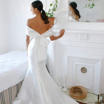 nouvelle amsale drop-shoulder mermaid train wedding dress spring 2021
