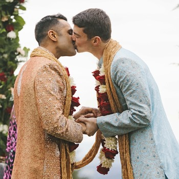 sanjay steven wedding ceremony kiss