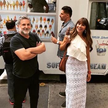 Sofia Vergara and Joe Manganiello getting ice cream