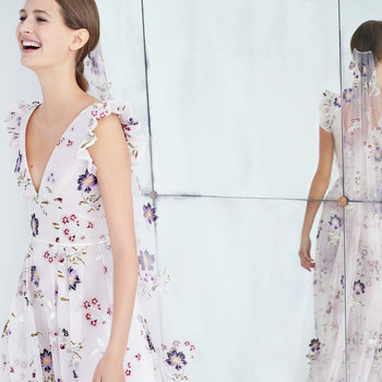 carolina herrera wedding dress fall 2018 floral v-neck pink