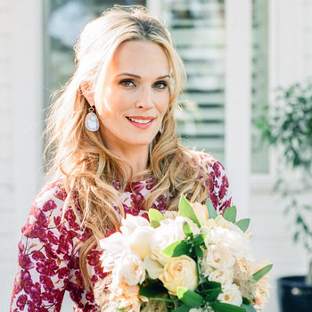 See How Supermodel (and Supermom!) Molly Sims Sets Her Thanksgiving Table With Style