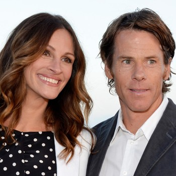 Julia Roberts Shared a Funny Story About Social Media PDA with Husband Danny Moder