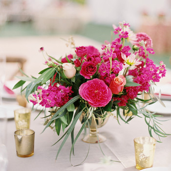 26 Simple Wedding Centerpieces That Are Just. So. Gorgeous.