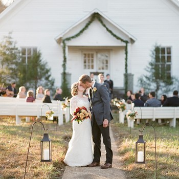 Considering a Thanksgiving Wedding? Read This First